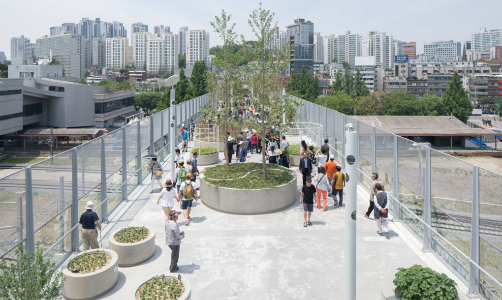Abandoned highway turned into a plant village in the sky